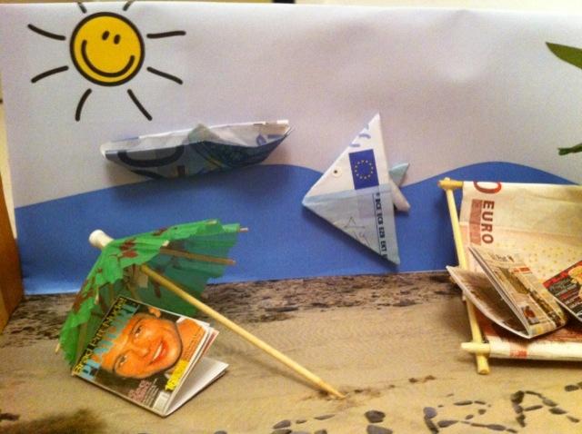 Gastbeitrag Geld wie Sand am Meer u2013 madamechoufleuse ~ 25185123_Liegestuhl Aus Geld Und Eisstielen